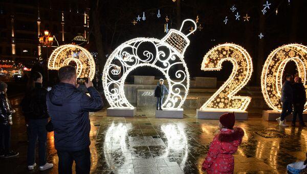 Новогодняя иллюминация в Ялте
