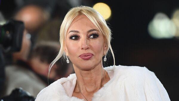 Телеведущая Лера Кудрявцева