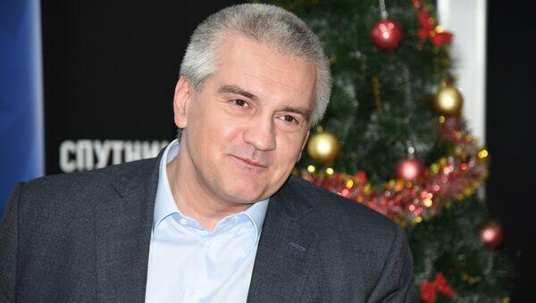 Глава Крыма Сергей Аксенов в студии радио Спутник в Крыму