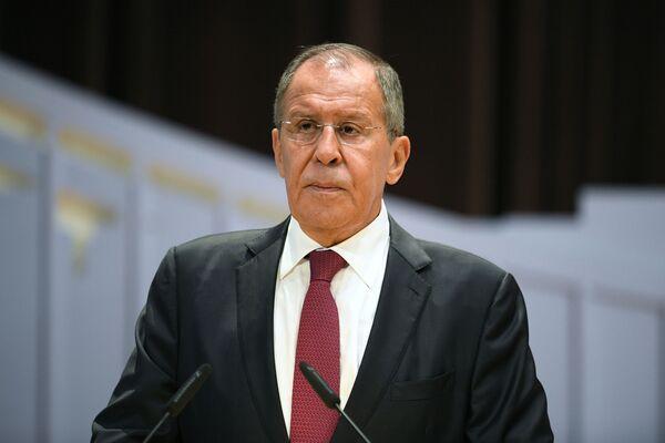 Министр иностранных дел РФ Сергей Лавров во время встречи со студентами МГИМО в Москве