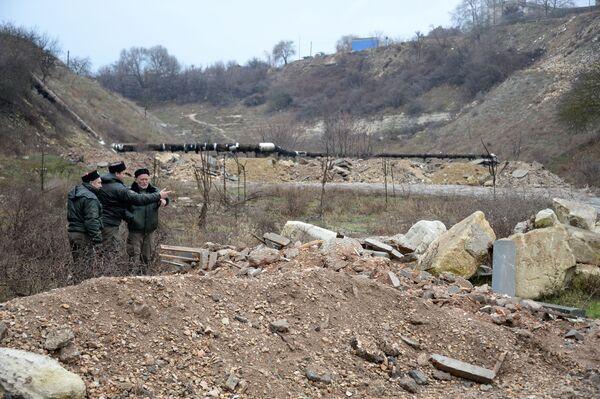 Казаки взяли под охрану стихийные свалки Севастополя