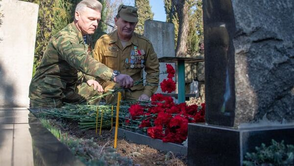 20 лет подвигу 6-й парашютно-десантной роты ВДВ в Чечне. В Севастополе почтили память погибшего старшего сержанта Андрея Арансона