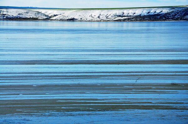 Керченский полуостров, Тобечикское озеро зимой.