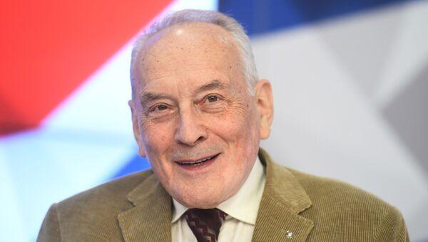 Президент Евразийской академии телевидения и радио Валерий Рузин