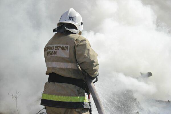 В Крыму прошли учения МЧС по тушению лесных пожаров