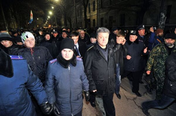 Визит Петра Порошенко в Крым 27 февраля 2014 года