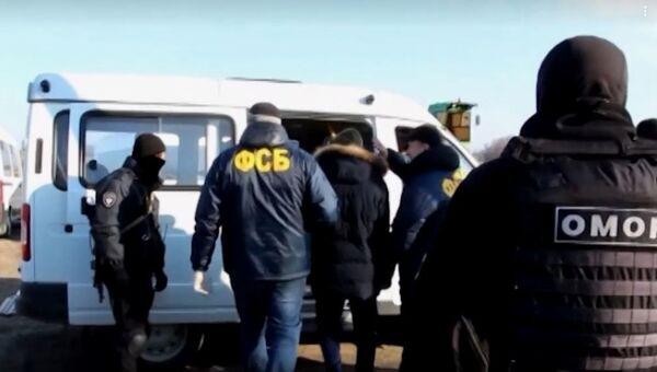 Видео_обыск ФСБ у спонсоров ИГИЛ
