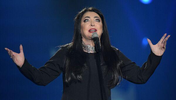 Певица Лолита Милявская выступает на концерте Песня года. Архивное фото