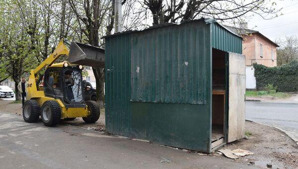 В Симферополе снесли почти полсотни незаконных объектов