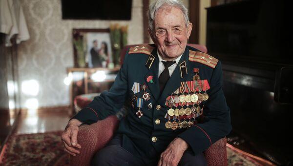 ВИДЕО_ поздравление от ветерана Великой Отечественной войны Владимира Новохатского