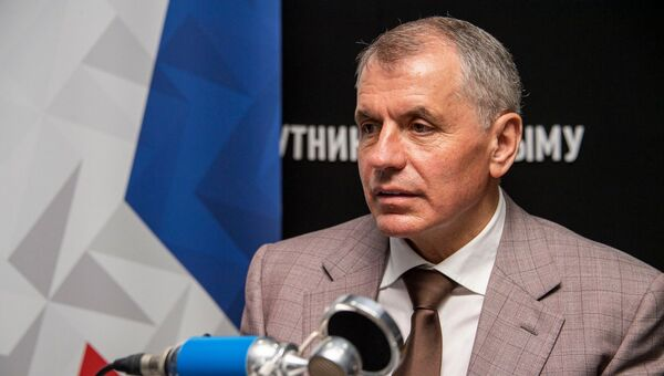 Владимир Константинов на радио