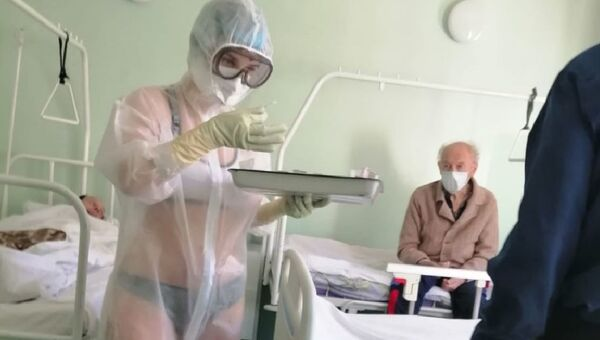 Медсестра Надежда Жукова из Тулы