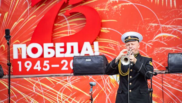 Парад Победы Симферополь