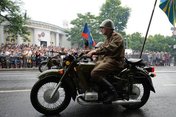 Старинные военные мотоциклы снова в строю.