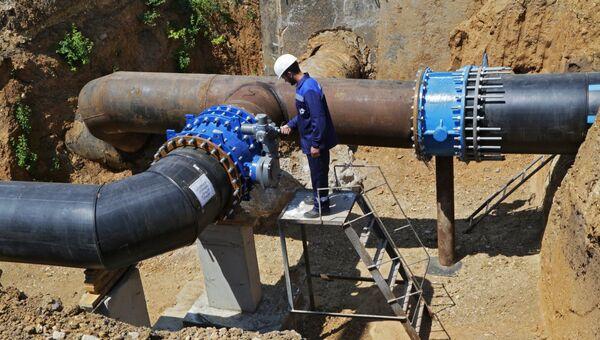 В Сакском районе Республики Крым состоялся торжественный пуск артезианской воды из Ивановского водозабора на Симферополь