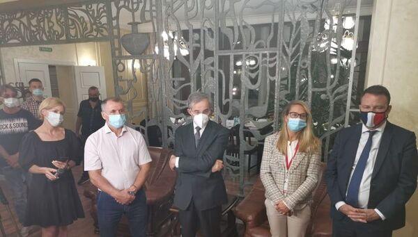Группа делегатов Европарламента прибыла в Крым наблюдать за голосованием по поправкам в Конституцию РФ