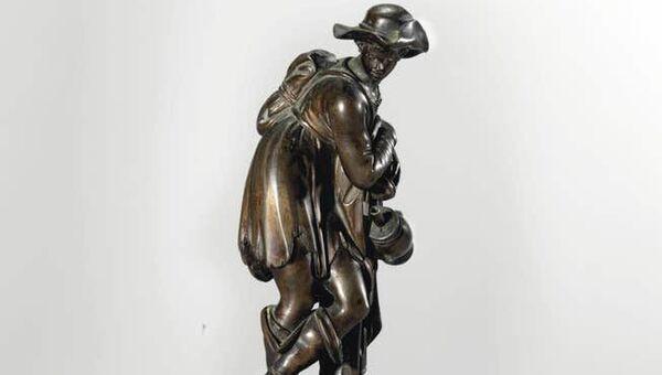 Статуэтка скульптора Антонио Сусини Крестьянин, отдыхающий на своем посохе
