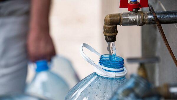 Красноперекопск очередь за питьевой водой