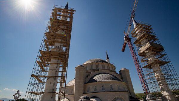 Строительство соборной мечети
