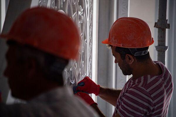 В подвальном помещении самой мечети планируют открыть музей не только религиозного, но и социально-общественного значения.