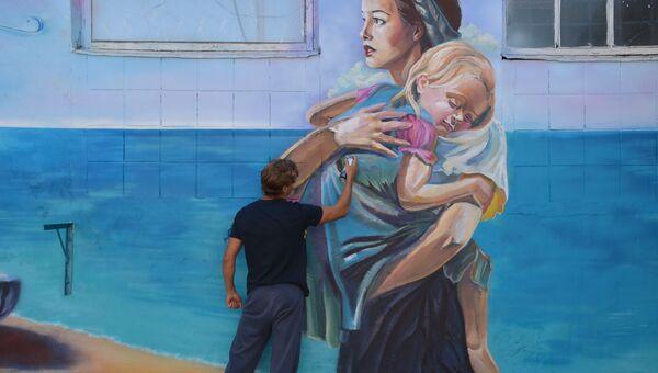 Крымский художник расписал стены следственного изолятора