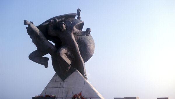 Памятник героическому подвигу